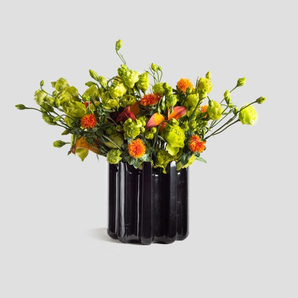 Venta de floreros en mármol negro